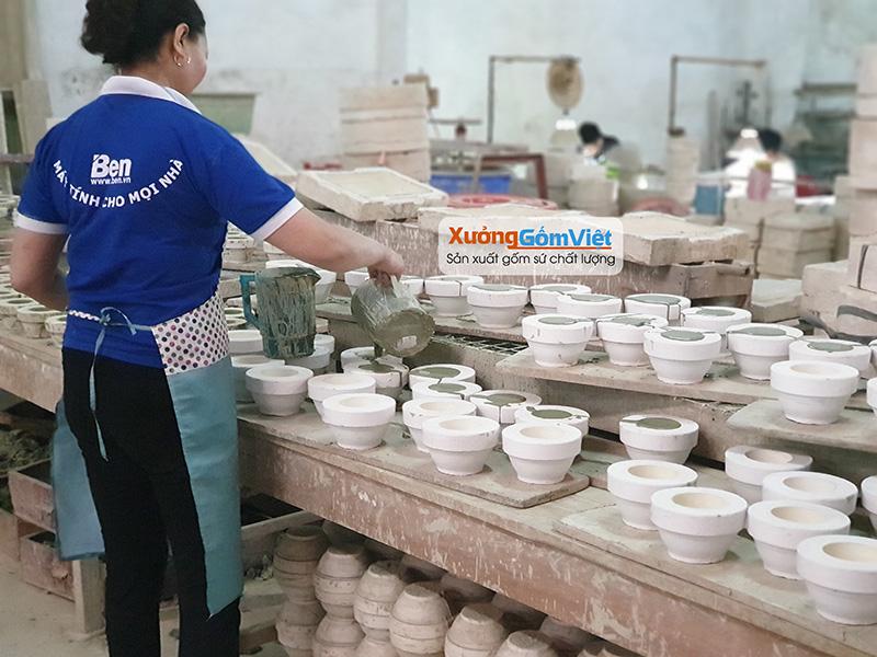 nơi sản xuất ấm trà in logo
