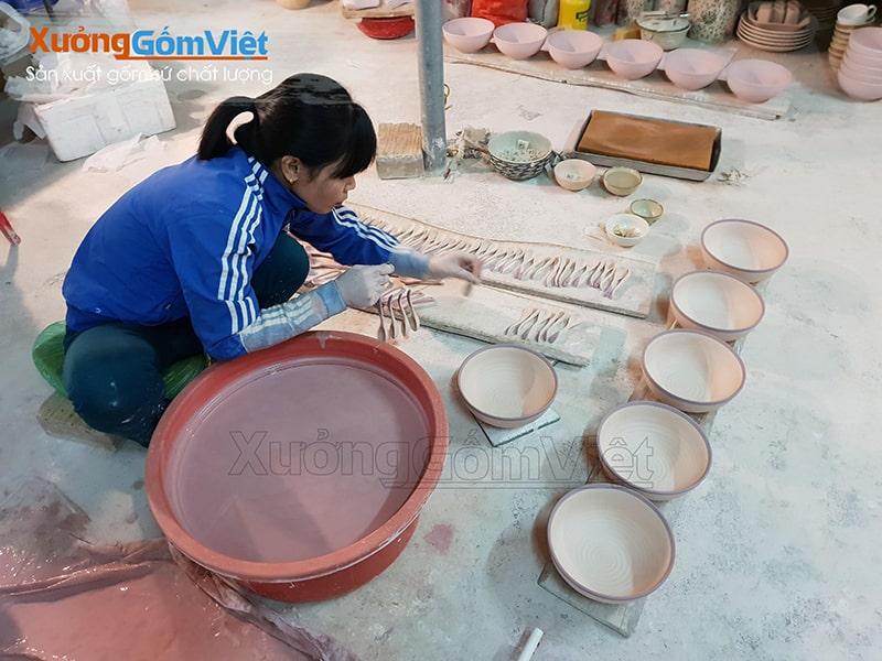 xưởng in logo lên gốm sứ chất lượng