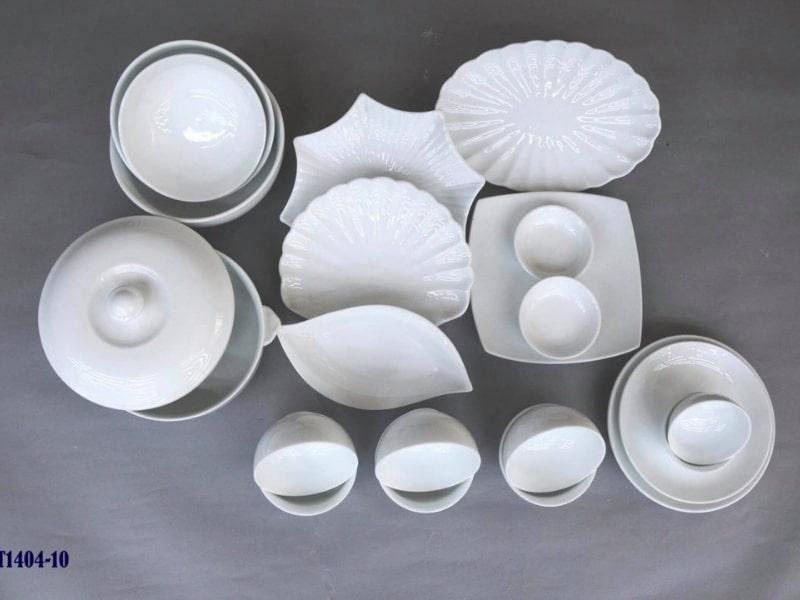 Bát đĩa sứ trắng