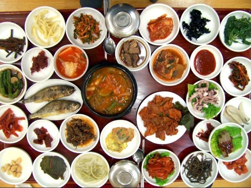 bộ bát đĩa kiểu Hàn Quốc