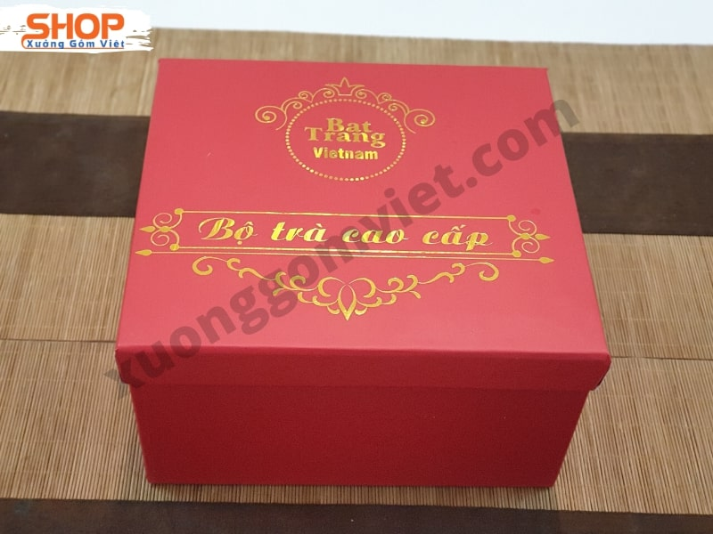 Hộp xi quà tặng ấm chén lót lụa HXD-01