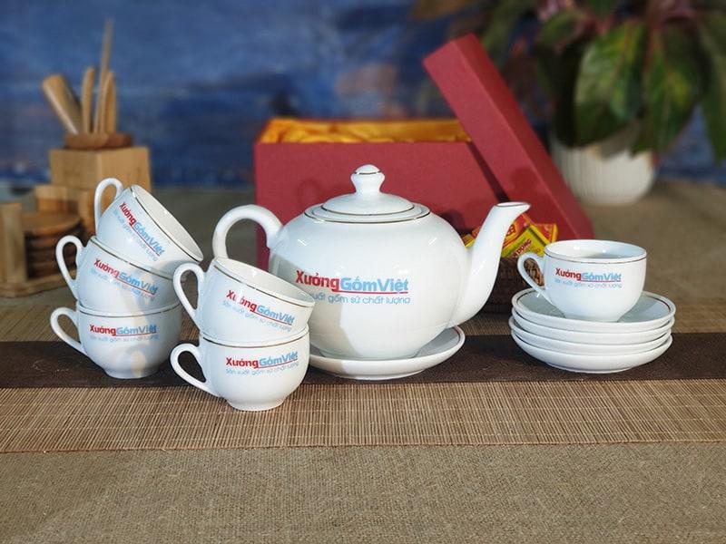 Bộ trà quai lượn