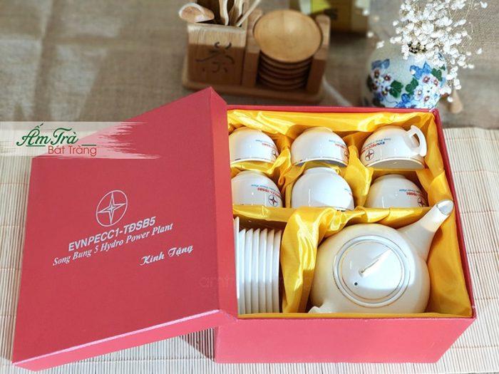 Bộ trà và hộp xi quà tặng