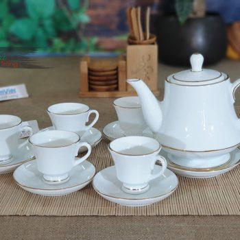 bộ trà tinh tế, sang trọng