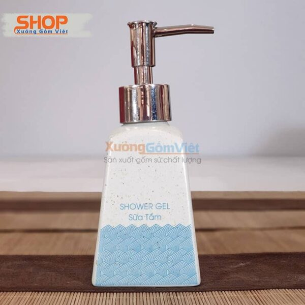 Bình đựng sữa tắm in chữ cao cấp PKNT-101